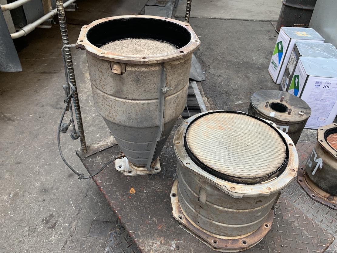 福山市の株式会社愛伸様 / DPマフラー洗浄事例
